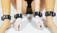 Shackle set